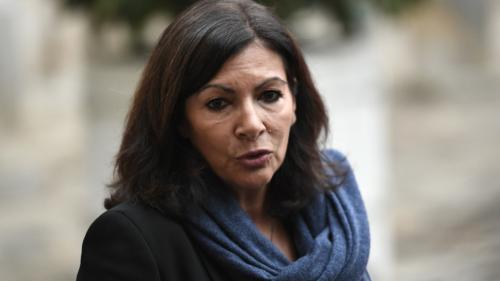 """""""Gilets jaunes"""" : Anne Hidalgo ne veut """"pas que l'on interdise les manifestations"""""""