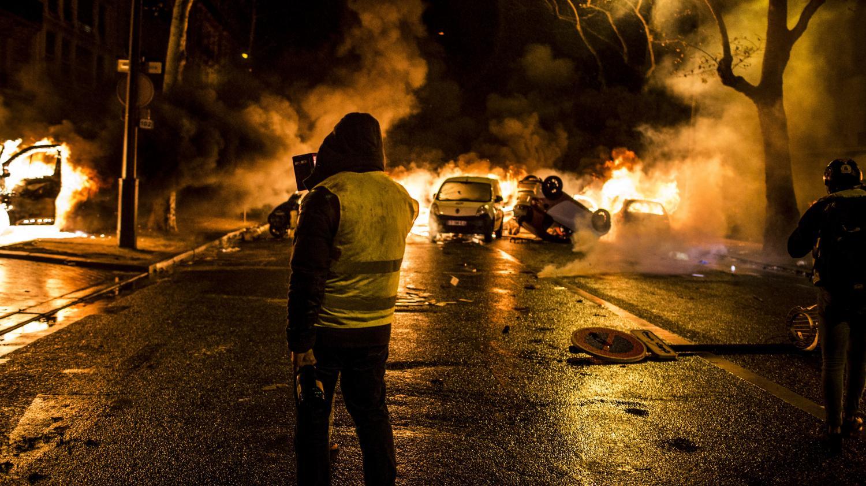 """Violencia, degradaciones ... ¿Podemos hablar de una """"radicalización"""" del movimiento de """"chalecos amarillos""""?"""