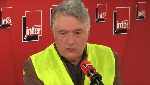 """""""Gilets jaunes"""" : le médiatique Jean-FrançoisBarnaba est fonctionnaire """"privé d'emploi"""" depuis dix ans, mais toujours rémunéré"""