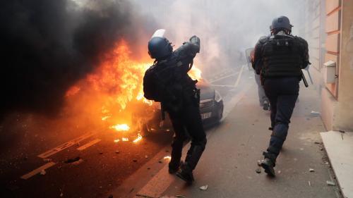 """""""Gilets jaunes"""" : de nouvelles tensions à Paris"""