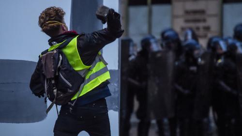 """""""Gilets jaunes"""" : un nouveau samedi de casse à Paris"""