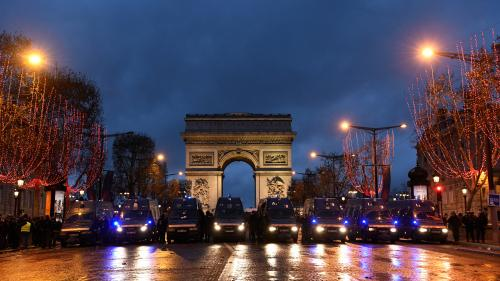 "DIRECT. ""Gilets jaunes"" : 55 personnes blessées à Paris, 737 interpellations, 551 gardes à vue... Des incidents se poursuivent dans la capitale"