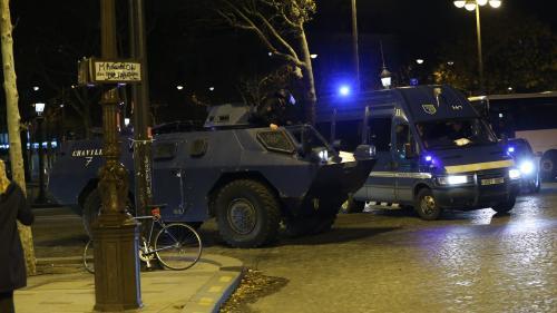 """DIRECT. """"Gilets jaunes"""" : la crainte d'un samedi ultra-violent, des véhicules blindés de la gendarmerie déployés dans Paris"""