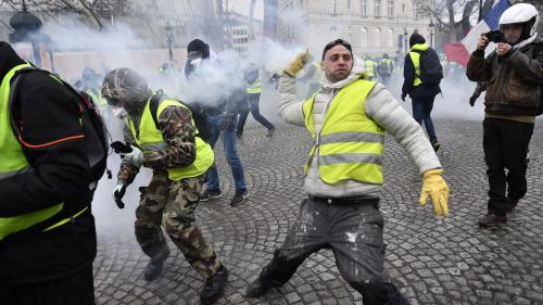 "DIRECT. ""Gilets jaunes"" : plus de 500 personnes interpellées à Paris, dont 272 placées en garde à vue"