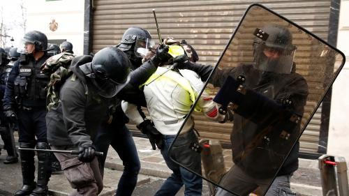 """""""Gilets jaunes"""" : pourquoi autant de personnes ont été interpellées ce matin à Paris et ses alentours"""