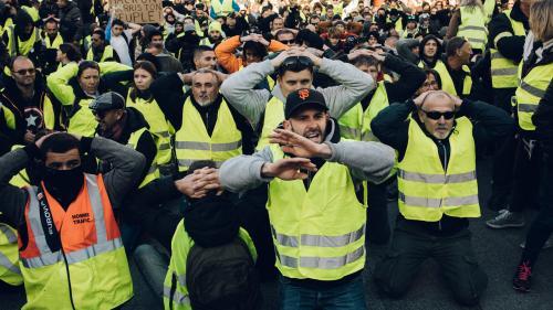 """Elections européennes: si les """"gilets jaunes"""" présentaient une liste, ils obtiendraient 12% des voix, selon un sondage Ipsos"""