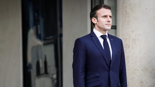 """""""Gilets jaunes"""" : """"Macron nous a dit que les 80km/h et la baisse des APL étaient une connerie"""", racontent deux maires qui l'ont rencontré"""