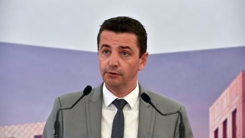 """Le maire de Saint-Étienne appelle Emmanuel Macron à trouver une """"issue politique qui permette de sortir de cette ornière"""""""