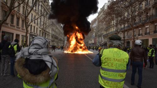"""""""Gilets jaunes"""" : 1 082 personnes ont été interpellées à Paris d'après un bilan définitif"""