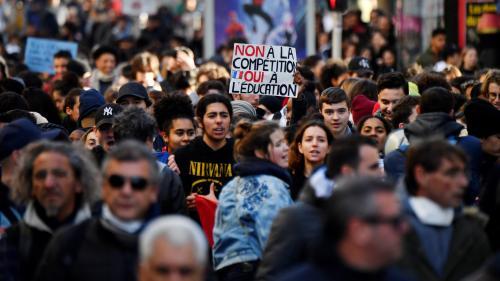 Emmanuel Macron : les lycéens se sentent oubliés et poursuivent la mobilisation