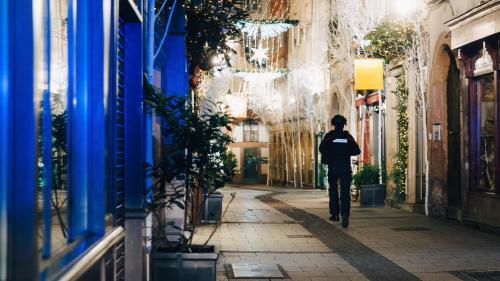 Fusillade à Strasbourg : la ville en deuil mercredi, le marché de Noël restera fermé