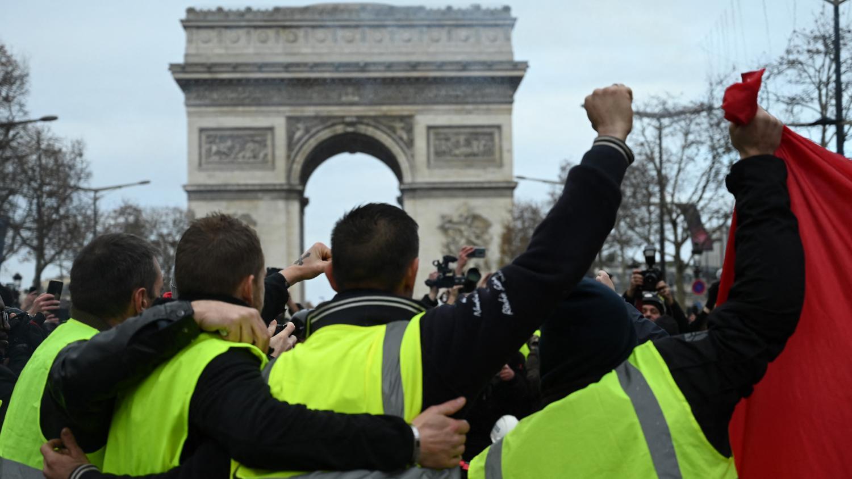 """Pierre Dharréville sur les """"gilets jaunes"""" : """"Il faut s'appuyer sur cette force populaire"""""""