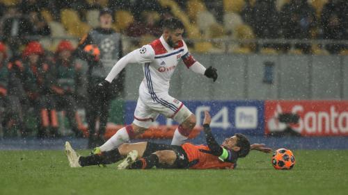 Ligue des champions : l'Olympique lyonnais arrache sa qualification pour les 8e de finale après un nul (1-1) face au Chakthior Donetsk