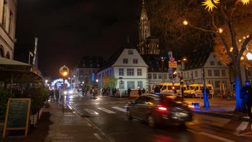Attentat à Strasbourg : le marché de Noël panse ses plaies