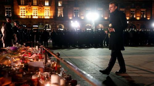 VIDEOS. Attentat de Strasbourg : Emmanuel Macron rend hommage aux victimes et aux forces de l'ordre et prend un bain de foule sur le marché de Noël
