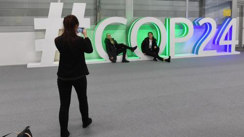 Climat: course contre la montre pour un accord à la COP24  https://www.bfmtv.com/planete/climat-course-contre-la-montre-pour-un-accord-a-la-cop24-1589055.html…pic.twitter.com/pVZ5gmR8mG