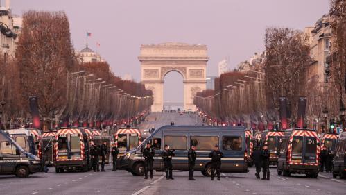 """DIRECT. """"Gilets jaunes"""" : six personnes interpellées à Paris ce matin, contre près de 300 la semaine dernière à la même heure"""