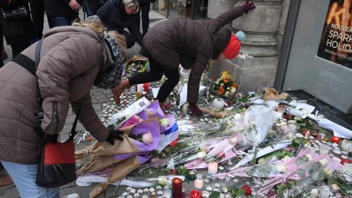 VIDEO. Attentat à Strasbourg : les habitants se recueillent en hommage aux victimes, sur le marché de Noël
