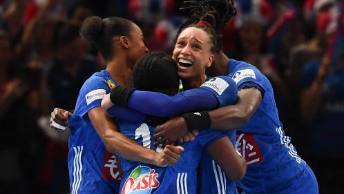 Handball : les Françaises championnes d'Europe, un an après leur titre mondial