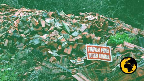 """ENQUETE FRANCEINFO. #AlertePollution : l'amiante déchargé en pleine nature par des artisans, """"une bombe à retardement"""""""