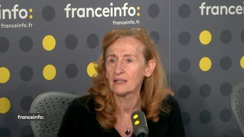 """VIDEO. """"Gilets jaunes"""" : """"Évidemment il y a un pilote à Matignon"""", défend Nicole Belloubet après le revirement du gouvernement"""