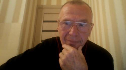 """VIDEO. """"Je suis l'accoucheur du Novitchok"""": l'ex-chimiste Vladimir Ouglev raconte la naissance de ce terrible poison"""