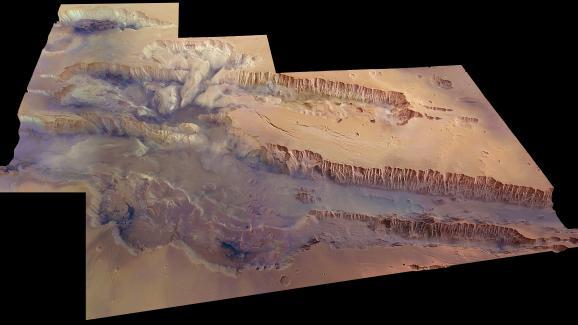 Valles Marineris, sur Mars.