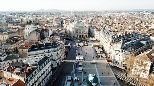 La France comptait 66 362 000 habitants au 1er janvier 2016, avec un gain pour les grandes villes... sauf Paris