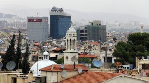 Syrie : les Emirats arabes unis rouvrent leur ambassade à Damas, fermée depuis sept ans
