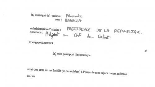 Alexandre Benalla s'était engagé dans une lettre à rendre ses deux passeports diplomatiques