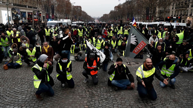 acte 7 des gilets jaunes 12 000 manifestants mobilis s en france en milieu d 39 apr s midi. Black Bedroom Furniture Sets. Home Design Ideas