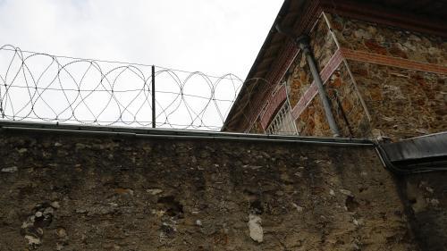 Val-de-Marne : un détenu s'évade de la prison de Fresnes malgré les tirs de surveillants