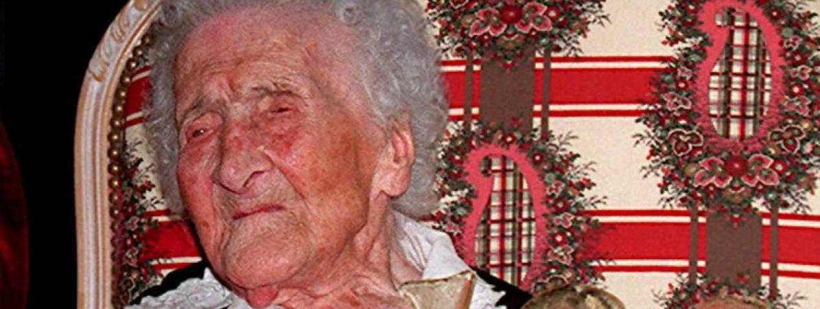 Jeanne Calment, le 21 février 1995, lors de son 120e anniversaire, à Arles.