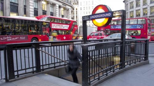 Royaume-Uni : les Britanniques mariées de force à l'étranger contraintes de payer leurs frais de rapatriement