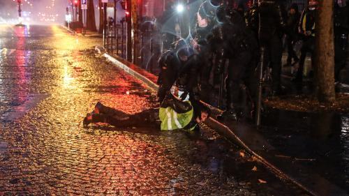 """""""Gilets jaunes"""" : 216 personnes incarcérées entre le 17 novembre et le 17 décembre 2018"""