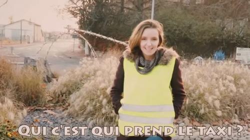 """VIDEO. Qui est Marguerite, la chanteuse qui a repris """"Les Gentils, les méchants"""" version """"gilets jaunes"""" ?"""