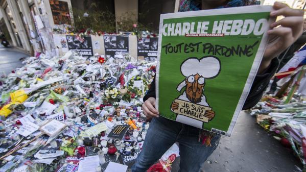 """""""Vous êtes encore là ?"""" : quatre ans après l'attentat, Charlie Hebdo dénonce une société """"lasse"""" des combats du journal"""