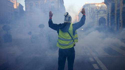 """INFO FRANCEINFO. Toulon : une plainte déposée après des violences policières pendant l'acte 8 des """"gilets jaunes"""""""