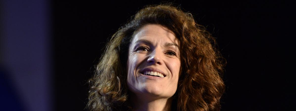 """VIDEO. """"C'est le salaire fixé par les autorités"""" : Chantal Jouanno répond à la polémique sur ses 176 000 euros annuels"""
