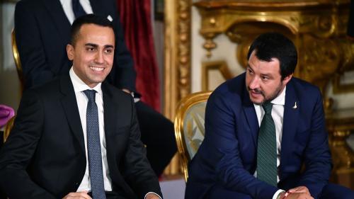 """""""'Gilets jaunes', ne faiblissez pas !"""" : le gouvernement populiste italien affirme son soutien aux manifestants"""