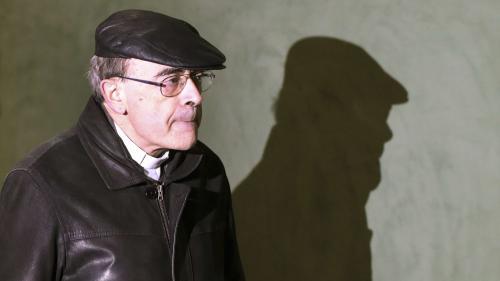 """DIRECT. """"Je n'ai jamais cherché à cacher, encore moins à couvrir ces faits horribles"""", assure le cardinal Barbarin au premier jour de son procès"""