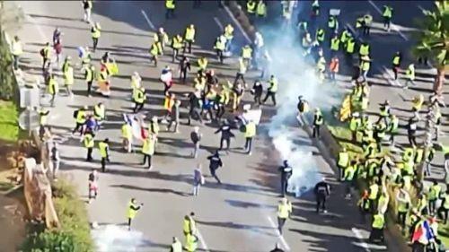 """Toulon : l'avocat de Didier Andrieux dévoile une vidéo où le commandant de police se fait frapper par des """"gilets jaunes"""""""