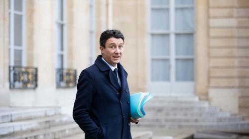 """Peine de mort, IVG et mariage pour tous """"ne seront pas sur la table"""" du """"grand débat national"""", annonce Griveaux"""
