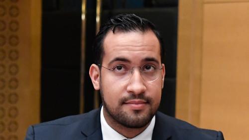 L'ex-chargé de mission de l'Elysée Alexandre Benalla a rendu ses passeports diplomatiques à la police