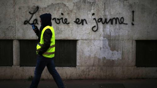"""""""Gilets jaunes"""" : le soutien des Français pour le mouvement en net recul, selon un sondage"""