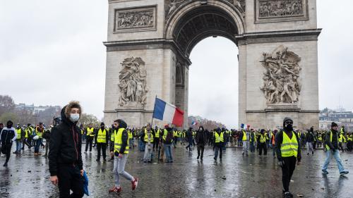 """""""Gilets jaunes"""" : trois mois de prison et du sursis pour des manifestants d'extrême droite"""