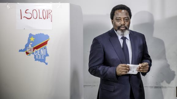 Le président de la RDC Joseph Kabila vote à l\'élection présidentielle qui désigne son successeur, le 30 décembre 2018 à Kinshasa.