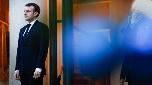"""""""Transformer avec vous les colères en solutions"""" : découvrez la lettre ouverte d'Emmanuel Macron aux Français"""