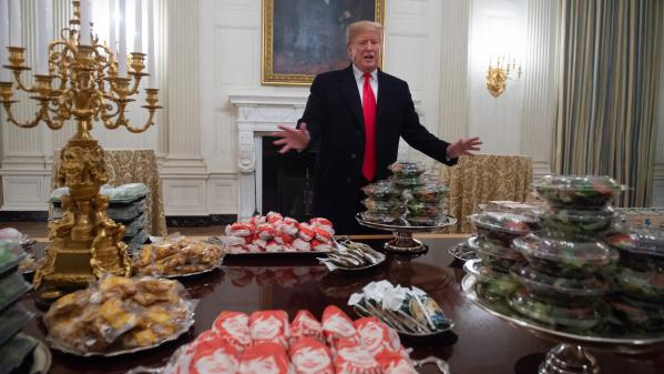 Photo Hebdo : Trump et son buffet Mc Donald's