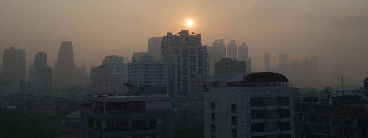 Thaïlande : Bangkok suffoque à cause d'un épais nuage de pollution